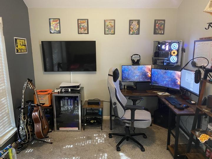 Show_Your_PC_Desk_Part222_03.jpg