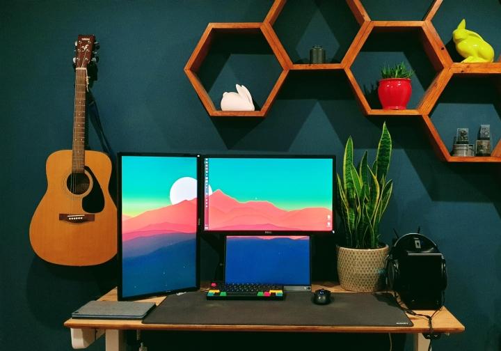 Show_Your_PC_Desk_Part222_05.jpg