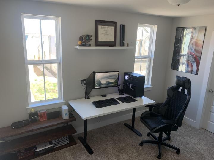 Show_Your_PC_Desk_Part222_07.jpg