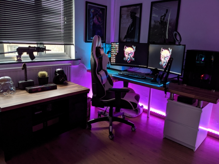 Show_Your_PC_Desk_Part222_08.jpg