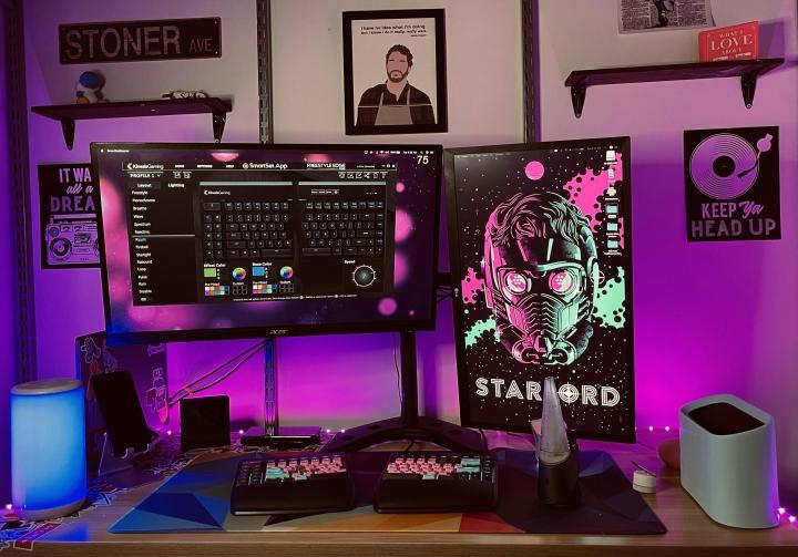 Show_Your_PC_Desk_Part222_17.jpg