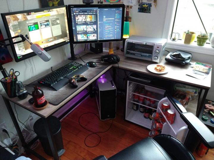Show_Your_PC_Desk_Part222_21.jpg