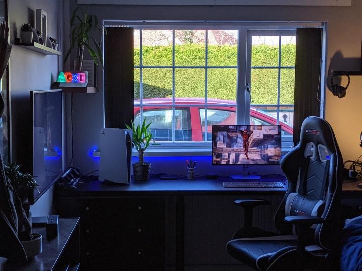 Show_Your_PC_Desk_Part222_28.jpg