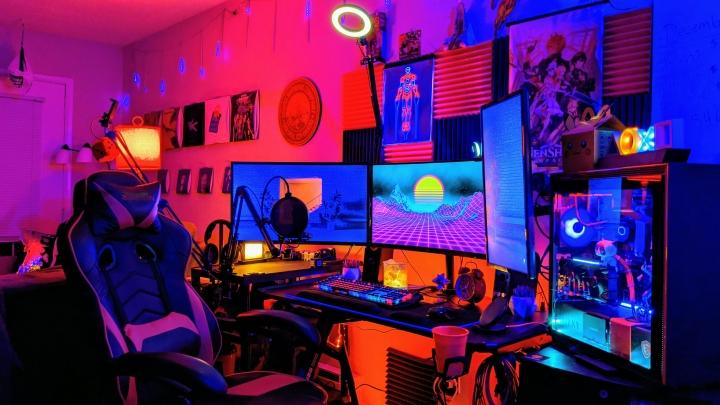 Show_Your_PC_Desk_Part222_30.jpg