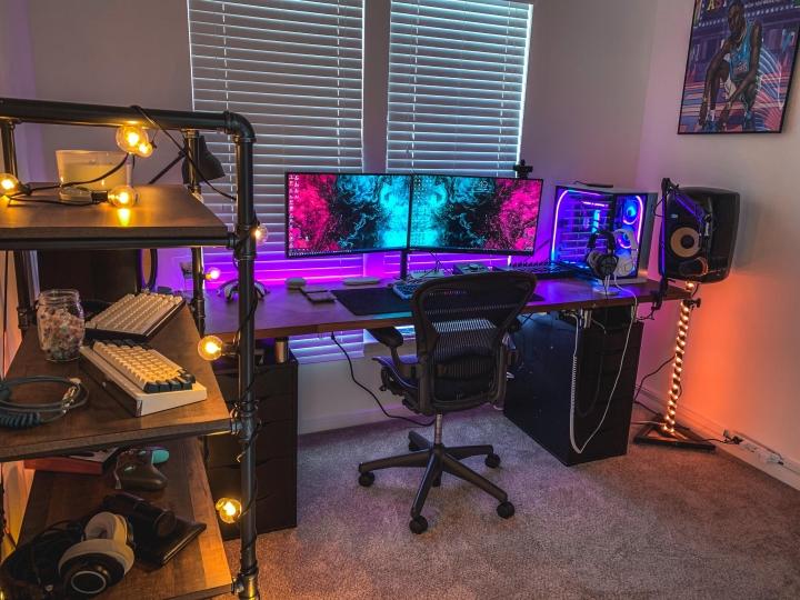 Show_Your_PC_Desk_Part222_42.jpg