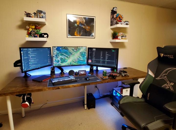 Show_Your_PC_Desk_Part222_60.jpg