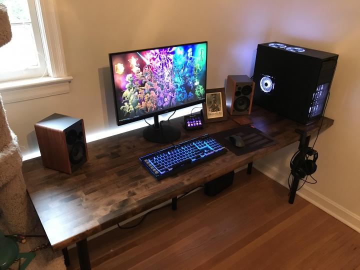 Show_Your_PC_Desk_Part222_61.jpg