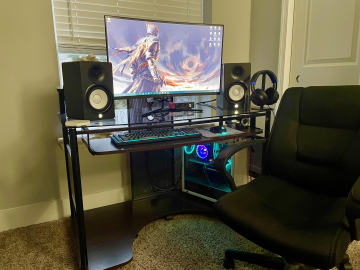 Show_Your_PC_Desk_Part222_64.jpg