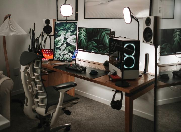 Show_Your_PC_Desk_Part222_66.jpg