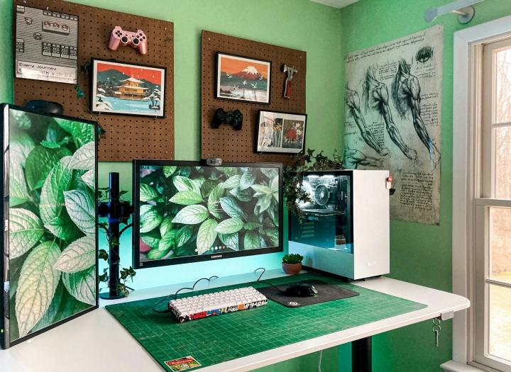 Show_Your_PC_Desk_Part222_74.jpg