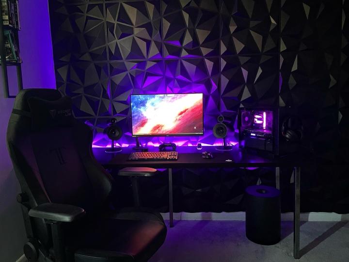 Show_Your_PC_Desk_Part222_77.jpg