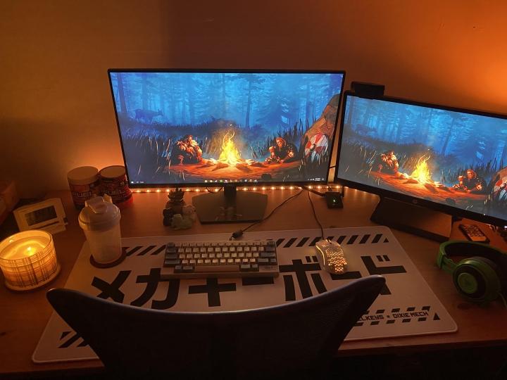 Show_Your_PC_Desk_Part222_79.jpg