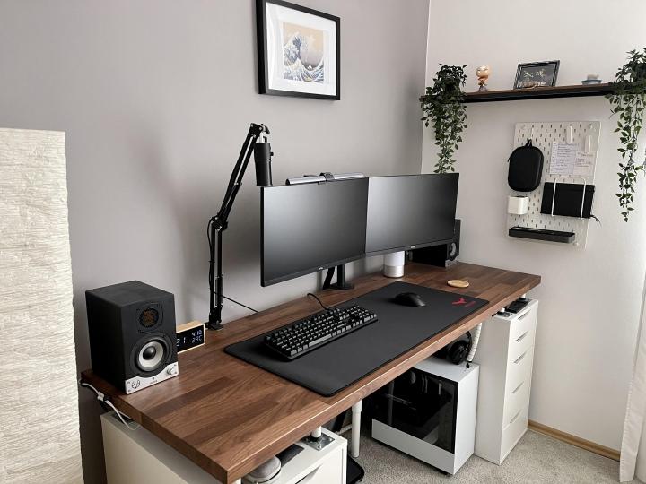 Show_Your_PC_Desk_Part222_82.jpg