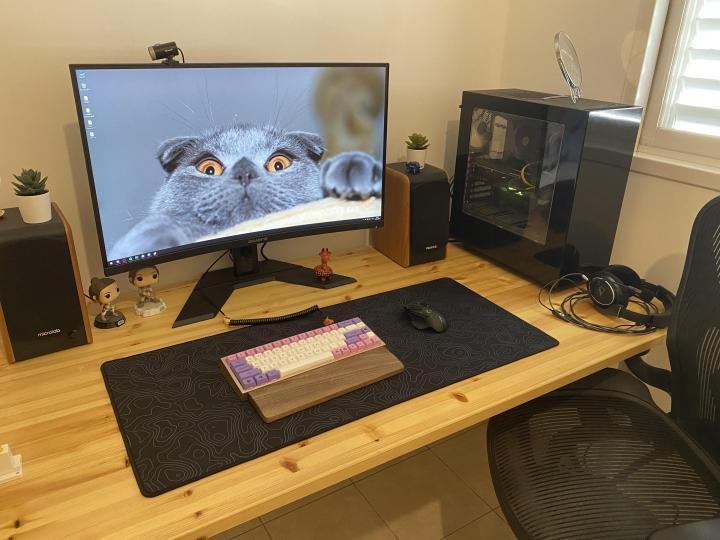 Show_Your_PC_Desk_Part222_87.jpg