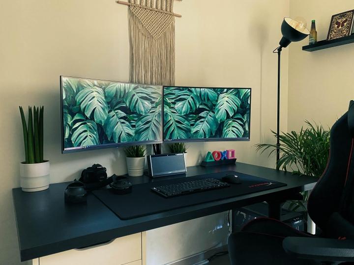 Show_Your_PC_Desk_Part223_05.jpg