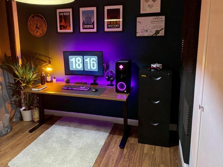 Show_Your_PC_Desk_Part223_06.jpg