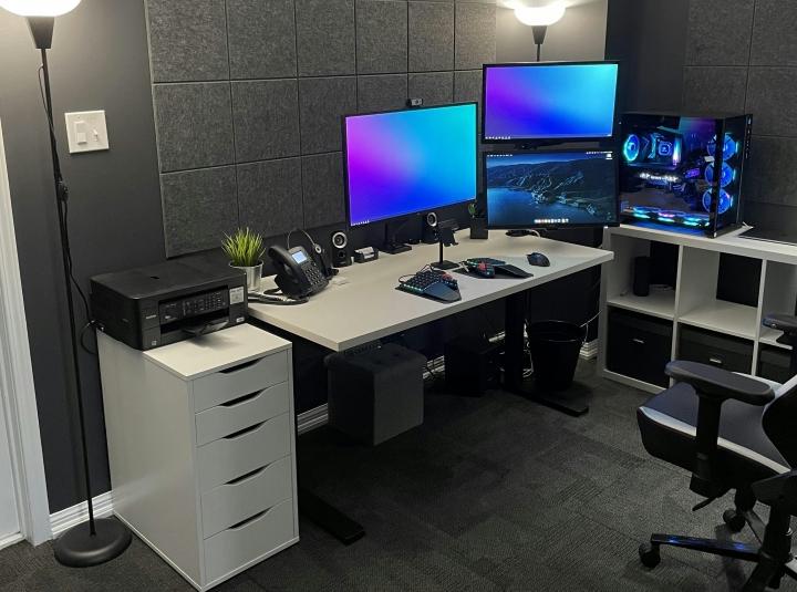 Show_Your_PC_Desk_Part223_08.jpg