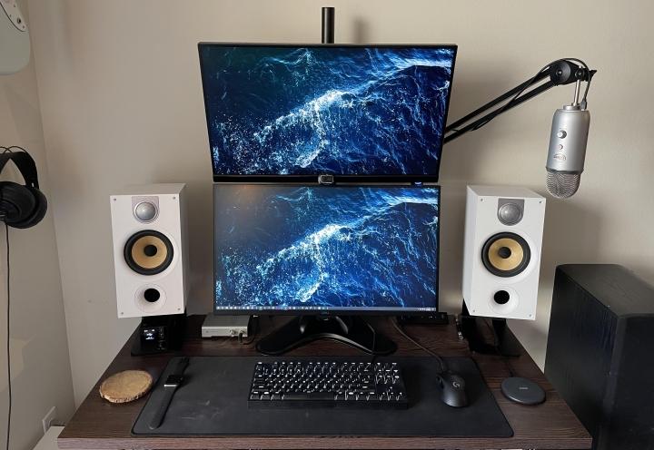 Show_Your_PC_Desk_Part223_100.jpg