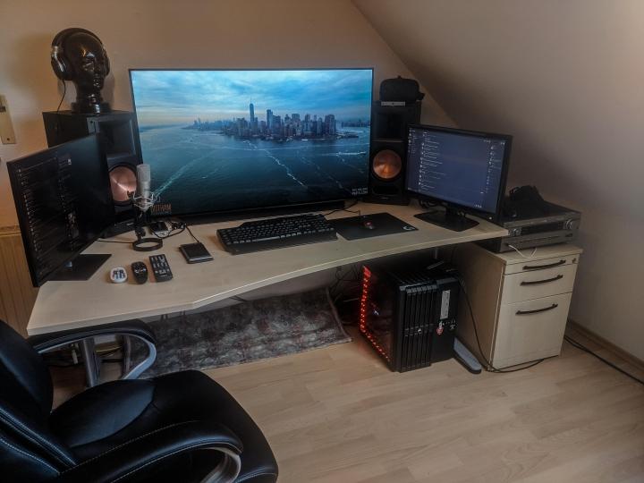 Show_Your_PC_Desk_Part223_11.jpg
