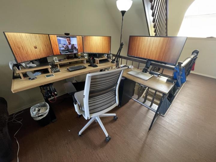 Show_Your_PC_Desk_Part223_17.jpg
