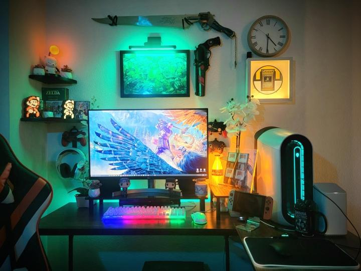 Show_Your_PC_Desk_Part223_28.jpg