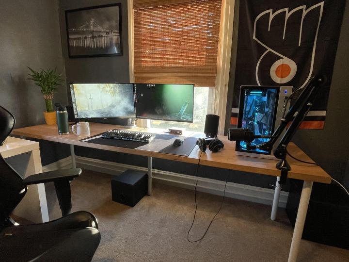 Show_Your_PC_Desk_Part223_32.jpg