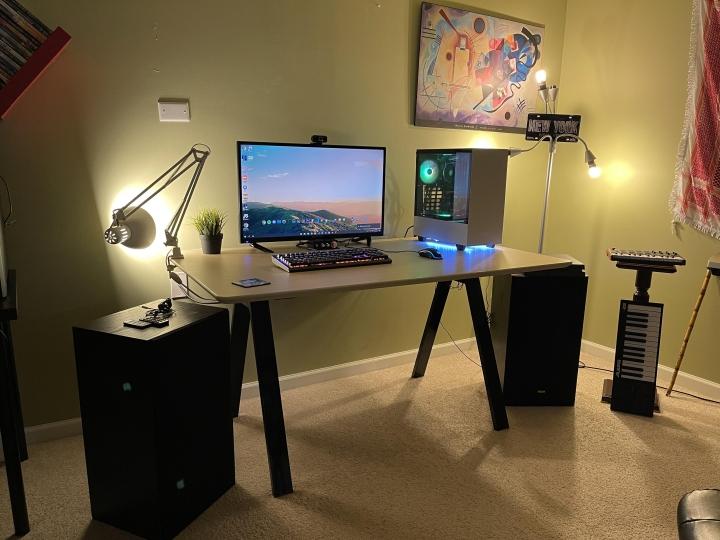 Show_Your_PC_Desk_Part223_34.jpg
