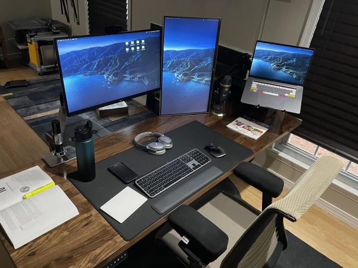 Show_Your_PC_Desk_Part223_36.jpg