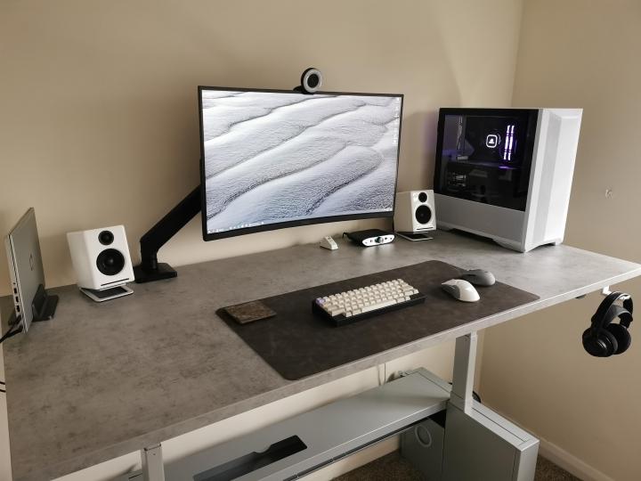 Show_Your_PC_Desk_Part223_39.jpg