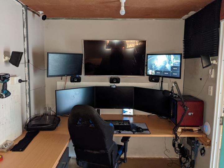 Show_Your_PC_Desk_Part223_40.jpg