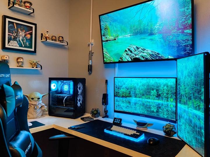 Show_Your_PC_Desk_Part223_41.jpg