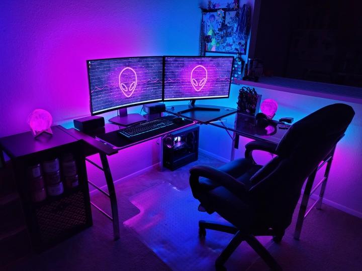 Show_Your_PC_Desk_Part223_47.jpg