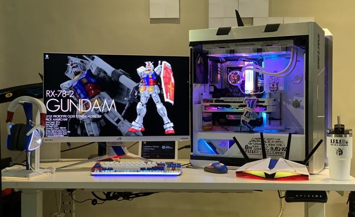 Show_Your_PC_Desk_Part223_55.jpg