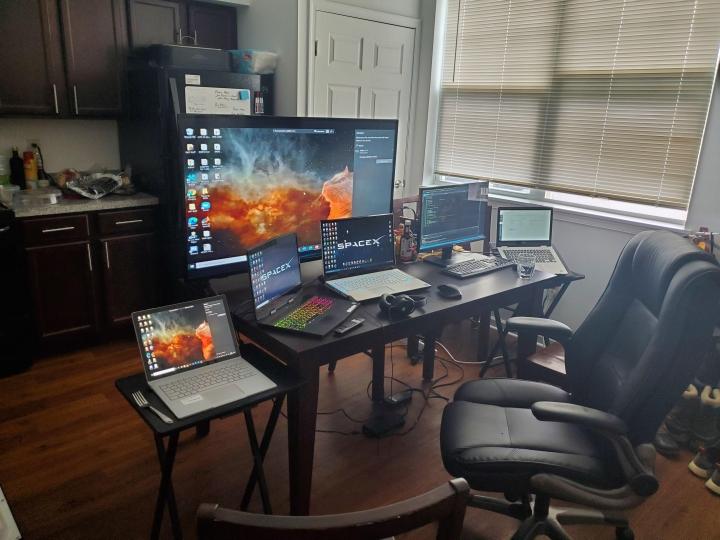 Show_Your_PC_Desk_Part223_57.jpg
