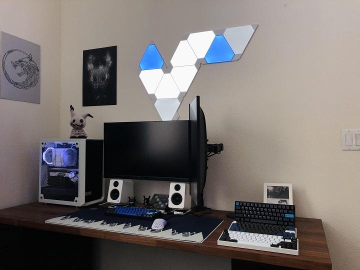 Show_Your_PC_Desk_Part223_71.jpg