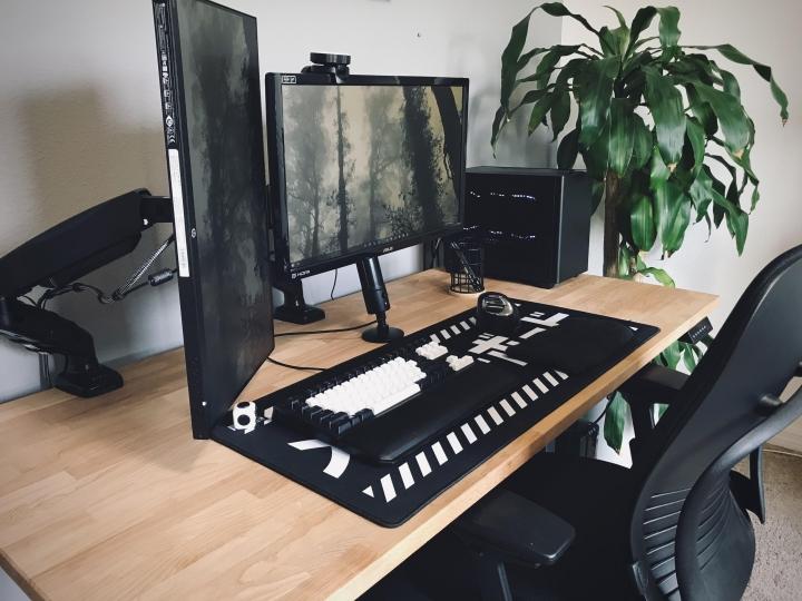 Show_Your_PC_Desk_Part223_80.jpg