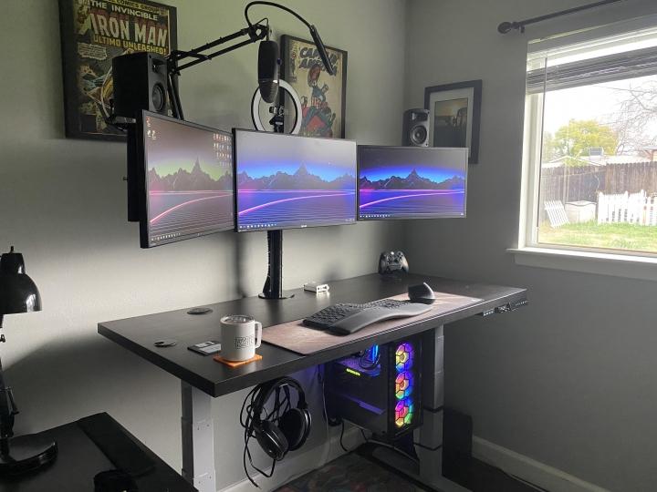 Show_Your_PC_Desk_Part223_83.jpg