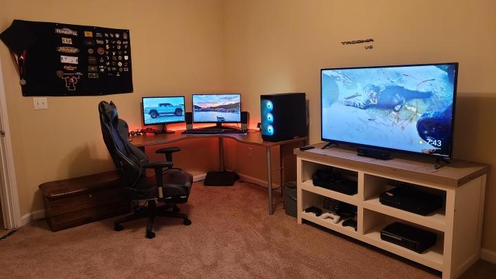 Show_Your_PC_Desk_Part223_92.jpg