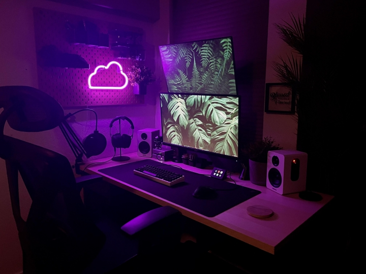Show_Your_PC_Desk_Part223_96.jpg
