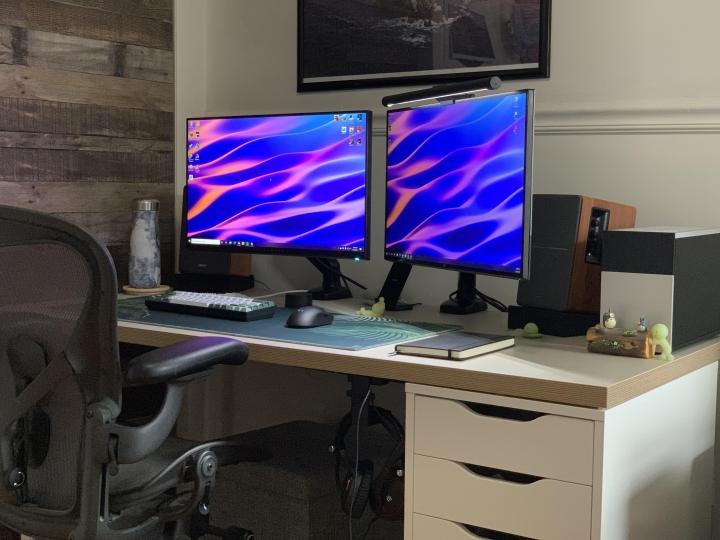Show_Your_PC_Desk_Part224_08.jpg