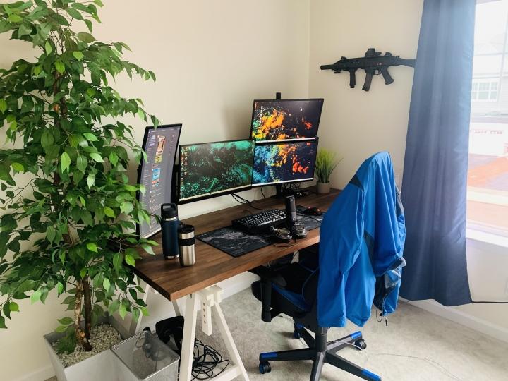 Show_Your_PC_Desk_Part224_09.jpg
