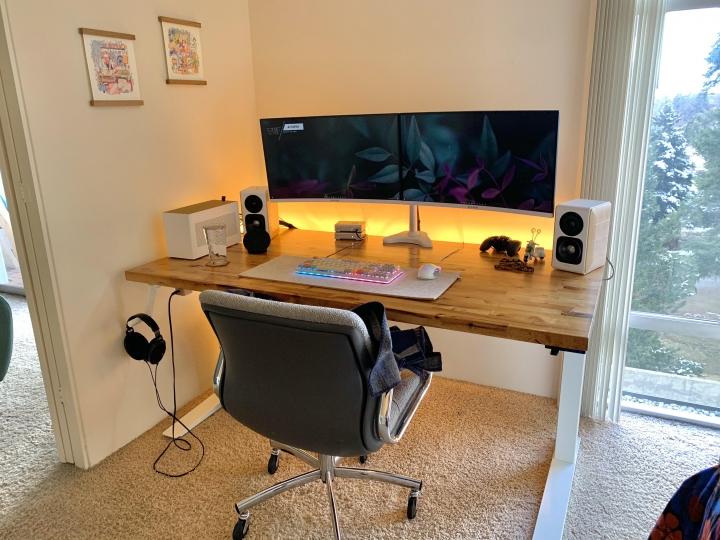 Show_Your_PC_Desk_Part224_100.jpg