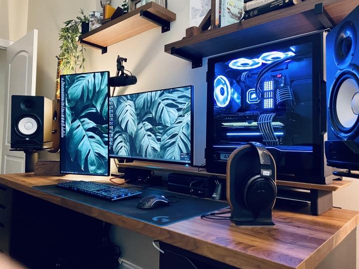 Show_Your_PC_Desk_Part224_25.jpg