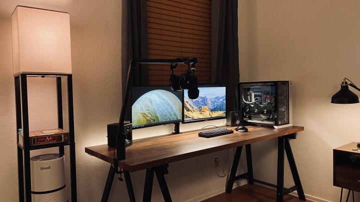 Show_Your_PC_Desk_Part224_32.jpg