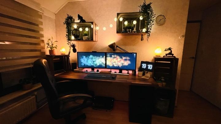 Show_Your_PC_Desk_Part224_34.jpg