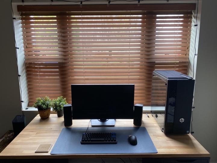 Show_Your_PC_Desk_Part224_40.jpg