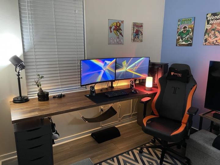 Show_Your_PC_Desk_Part224_58.jpg