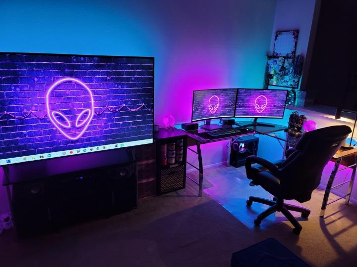 Show_Your_PC_Desk_Part224_88.jpg
