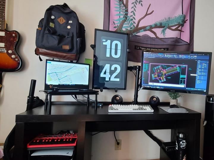 Show_Your_PC_Desk_Part224_91.jpg