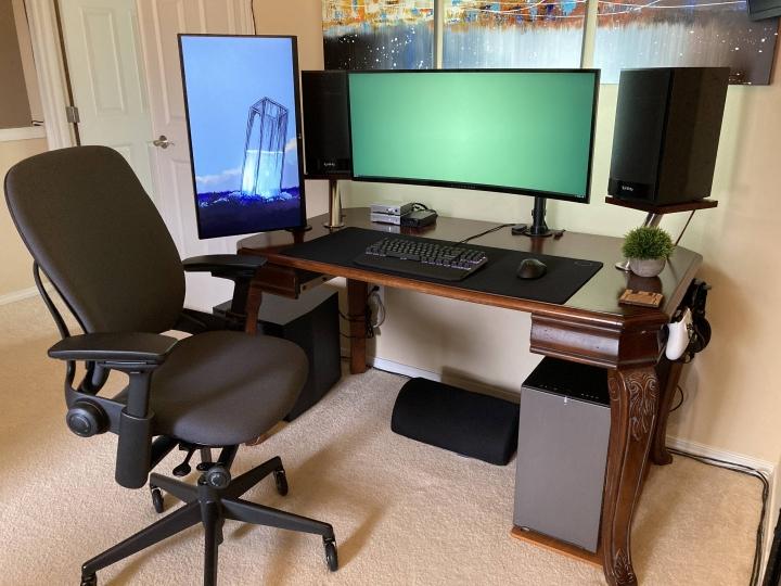 Show_Your_PC_Desk_UltlaWideMonitor_Part61_07.jpg